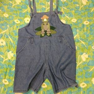 Denim froggy overalls.